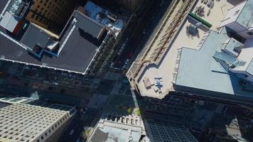 aérea de nyc movendo-se e girando a vista aérea video