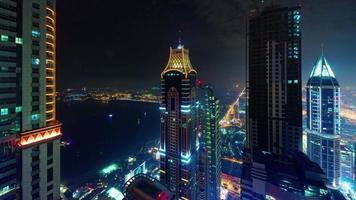 dubai palm light night marina panorama do telhado 4k time lapse emirados árabes unidos video