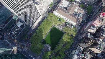 ascensão lenta da biblioteca do nyc midtown park video