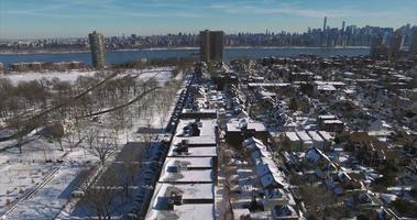 weehawken snow 2016 cavalcavia diurno del complesso di appartamenti video