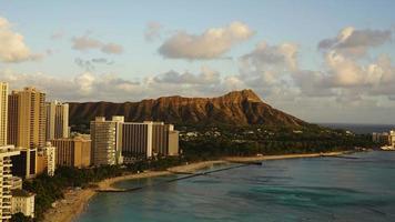 Sunset view of Waikiki Beach and Diamond Head, Hawaii video