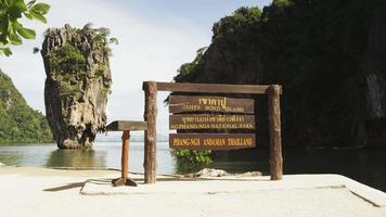 bellissima isola dalla riva