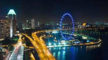 Singapur noche iluminación tráfico road flyer marina bay panorama 4k lapso de tiempo