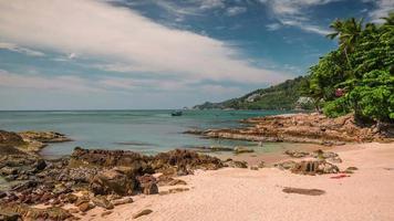 Thailand Sommertag Phuket berühmten kleinen Strand Panorama 4k Zeitraffer video