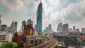Thailandia giorno bangkok metro linea traffico tetto panorama superiore 4k lasso di tempo