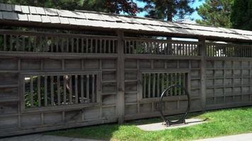 recinzione / muro di legno