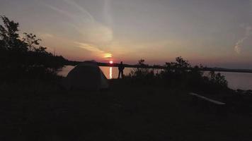 Maine Antenne über Campingplatz vorbei Mann zum See