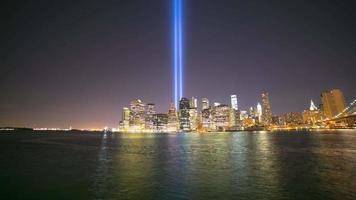 Türme der hellen Nacht Panorama 4k Zeit lpase von New York
