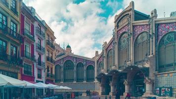Spagna valencia day light market building 4k time lapse video