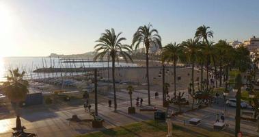famoso mar mediterráneo españa ciudad panorama 4k sitges