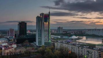 belarus, amanhecer, cidade, telhado, topo, rio, baía, panorama, 4k, time lapse, minsk