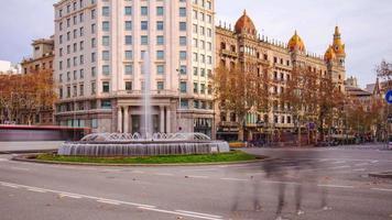 Tageslicht Barcelona Verkehrskreis Brunnen 4k Zeitraffer Spanien
