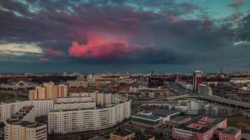 belarus sunset nuvem rosa minsk city roof top panorama 4k time lapse