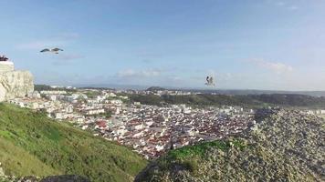 ovanifrån i den portugisiska staden Nazare video