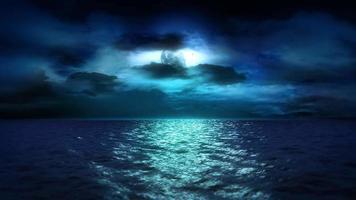 luar e nuvens do oceano (loop)