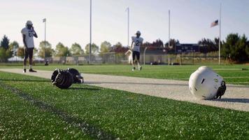 Fußballspieler, die sich vor einem Spiel aufwärmen