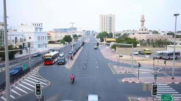 verkehrsstraße zeitraffer von dubai