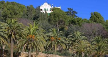 Barcelona sonniger Tag Güell Park Privathaus Blick 4k Spanien