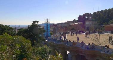 zon licht dag tijd barcelona guell park gaudi balkon 4k spanje video