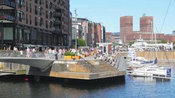 puerto deportivo de oslo y vista de la ciudad vieja, noruega video