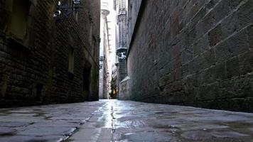 leere Straße im gotischen Viertel von Barcelona, Dolly