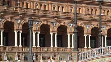 turistas em palácio espanhol video