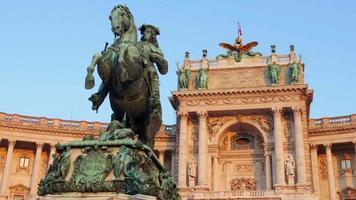 estátua do príncipe eugene de savoy palácio de viena hofburg