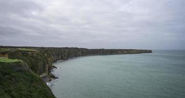 grandcamp-maisy, france - pointe du hoc video