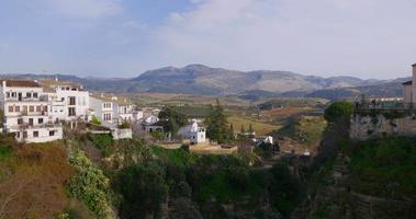 beroemde zonnige dag ronda panorama 4k spanje in de buurt van malaga