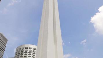 singapore giornata di sole città monumento ai caduti in guerra parco monumento