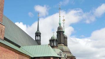 Église de Riddarholm, l'un des plus anciens bâtiments de Stockholm, Suède, video