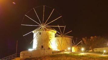historische Mühle in der Nacht, Reiseziel, Alacati, Cesme, Truthahn video