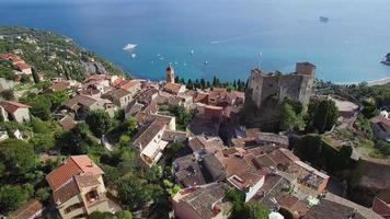 francia, veduta aerea del villaggio collinare di roquebrune cap martin