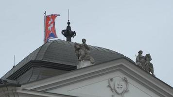 bandeira eslovaca em construção video