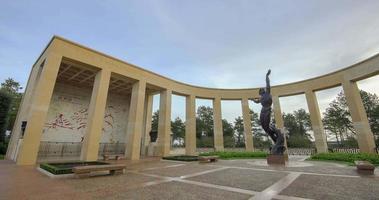 Colleville, Frankreich - Zeitraffer - innerhalb des amerikanischen Friedhofs und Denkmals der Normandie