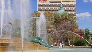 Estados Unidos Filadelfia luz del día logan plaza fuente catedral vista 4k