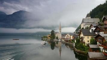 foto matinal de hallstatt - beleza dos Alpes. Áustria video