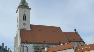 S t. catedral martin en bratislava video