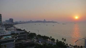 Time lapse of beautiful sunset at Pattaya beach video
