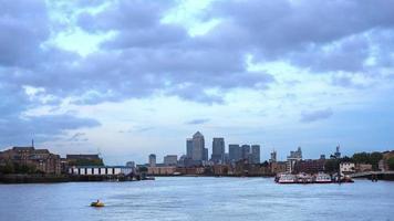 Lapso de tiempo de día a noche, Canary Wharf, Londres video