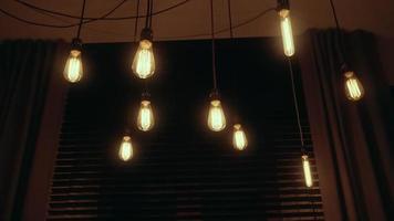 grupo de lâmpadas vintage