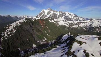 Breathtaking Aerial Flyback of Mt Shuksan in the Cascade Mountain Range