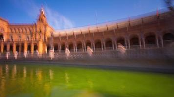 Sevillle sonniger Tag Placa von Spanien Palast Teich Boot Reiten 4k Zeitraffer Spanien