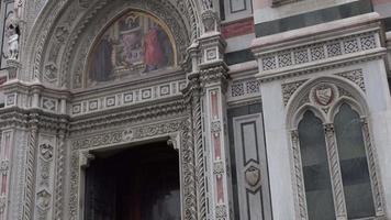 Florença, Itália - novembro de 2016: duomo, Catedral de santa maria del fiore. detalhes arquitetônicos. 4k. video