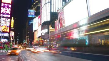 cinemas times square broadway e leds de publicidade video