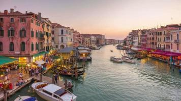 italy sunset most famous rialto bridge grand canal traffic panorama 4k time lapse venice video