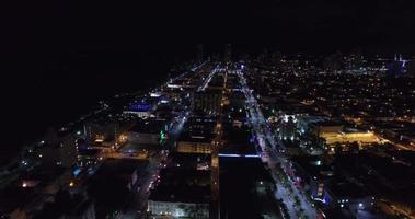 vídeo aéreo miami beach à noite