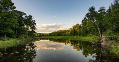 killarney, canadá, timelapse - reflexo no lago video
