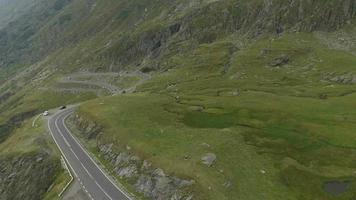 4k foto aérea da estrada transfagarasan