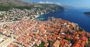 vista aerea della città vecchia di dubrovnik video